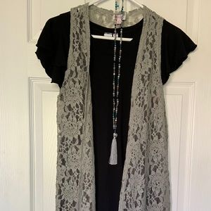 Lularoe Joy gray Lace duster vest